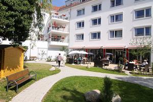 Pflegeheim Vitanas Senioren Centrum Am Partnachplatz München