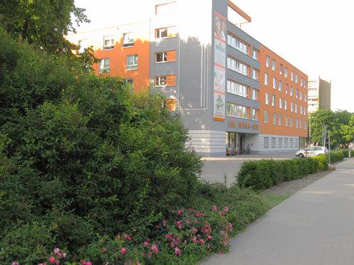 pflegezentrum am blechenpark medicus cottbus. Black Bedroom Furniture Sets. Home Design Ideas
