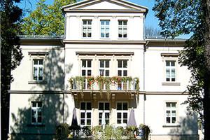Pflegeheim Kurzzeitpflegeeinrichtung Pflege mit Herz Glauchau