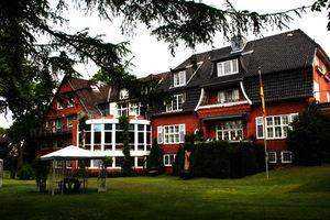 Pflegeheim Das Haus Fasanenweg Alten- und Pflegeheim  Ahrensburg