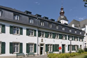 Pflegeheim Seniorenhaus St. Adelheidis-Stift Bonn