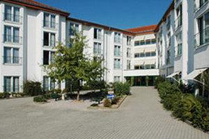 Pflegeheim SENATOR senioren- und Pflegeeinrichtungen GmbH Haus Elz Seniorenwohnzentrum Elz