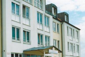 Pflegeheim CURANUM Seniorenpflegezentrum Münchhausen Karlsfeld