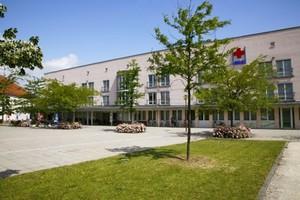 Pflegeheim BRK Senioren- und Servicezentrum Neutraubling