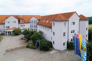 Pflegeheim AZURIT Seniorenzentrum Maximilianshöhe Ahorn-Witzmannsberg